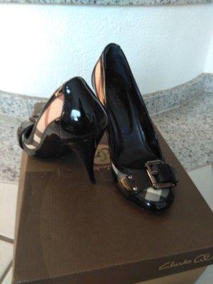 Burberry Tacones altos negro-crema Cuero