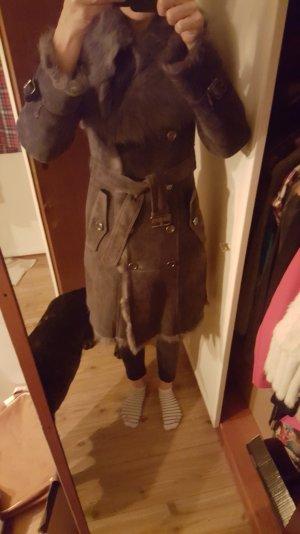 burberry lammfell mantel
