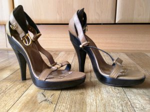 Burberry Leder High Heels Pumps Neu