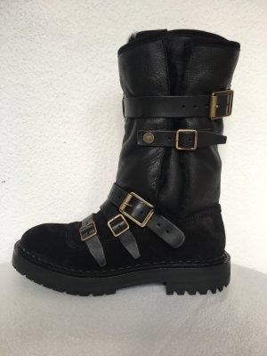 Burberry London, Lammfell-Boots Fitzgerald, schwarz, 41, neu,€ 950,-