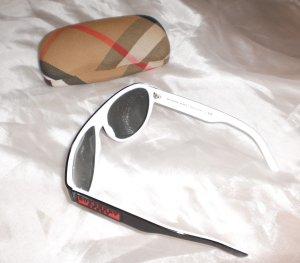 Burberry Glasses white-black mixture fibre