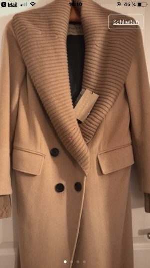 Burberry Winter Coat camel