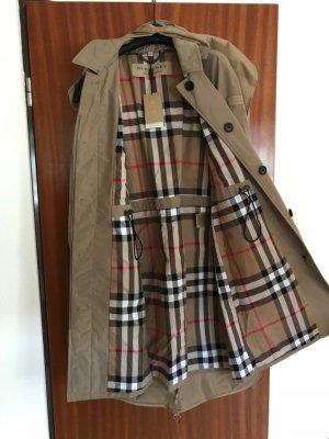 Burberry Mantel mit Kapuze neu