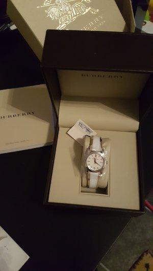 Burberry Horloge met lederen riempje wit