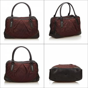 Burberry Handtas bordeaux Nylon