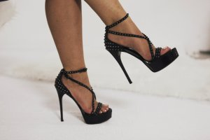 Burberry Platform Pumps black-silver-colored extravagant style