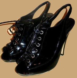 Burberry Platform Pumps black leather