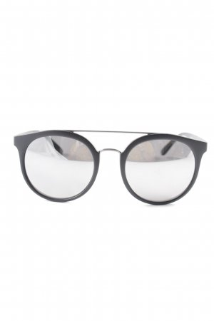 Burberry Retro Glasses black casual look