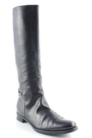 Burberry Jackboots black street-fashion look