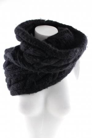 Burberry Tube Scarf black casual look