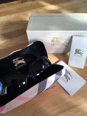 Burberry Round Sunglasses black