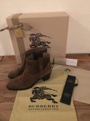 Burberry - Stiefeletten aus Veloursleder (NP 550 EUR)