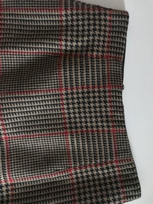 Burberry Style, Wollrock