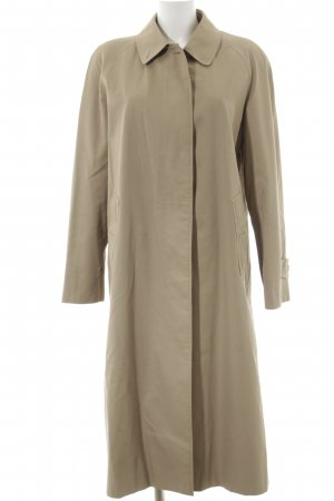 Burberry Trench Coat beige street-fashion look