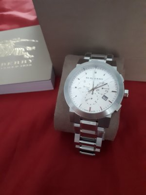 Burberry Watch With Metal Strap silver-colored stainless steel