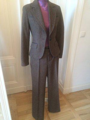 Business-Anzug, braunmeliert