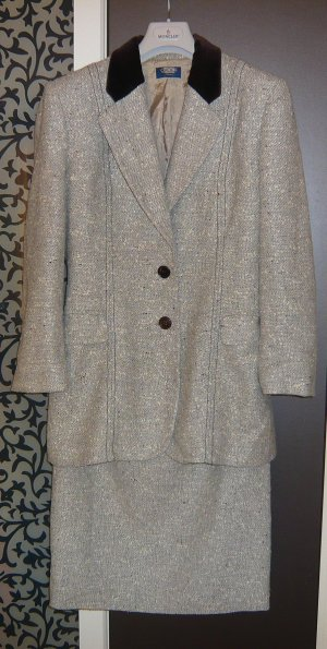 Business boucle Anzug Blazer Rock Jacke Chanel Look 38 Wolle Samt M