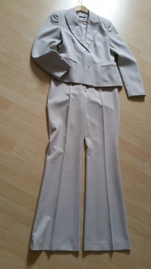 Costume business gris clair polyester