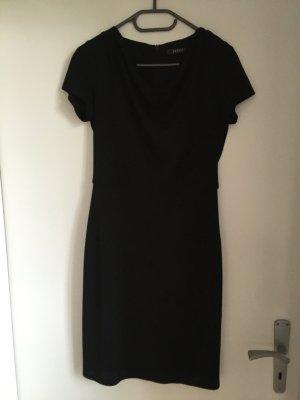 Business Kleid in schlichtem schwarz