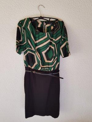 Businesskleid mit elegantem Muster und Hüftgürtel