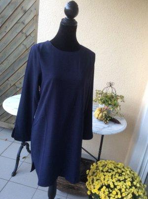 Robe trapèze bleu foncé