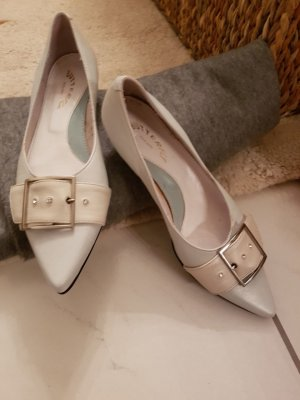 Ballerinas with Toecap light blue-white leather