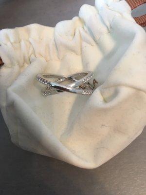 Cadenzza Ring