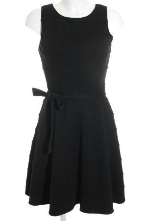 Calvin Klein Abendkleid schwarz klassischer Stil