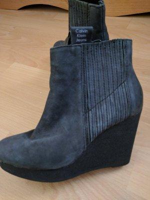 Calvin Klein Platform Booties taupe-grey leather