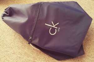 Calvin Klein Bag, anthrazit-weiß, Sportbeutel, Rucksack mit CK One-Logo, NEU
