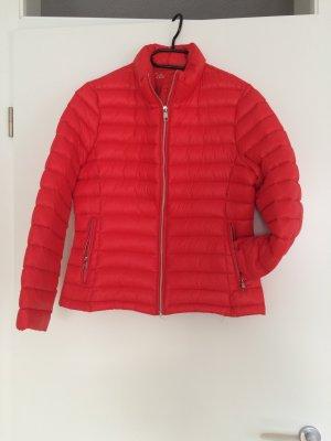 Calvin Klein Daunen Jacke rot neuwertig
