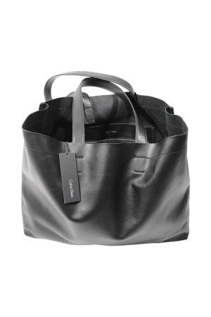Calvin Klein Handtasche in Schwarz