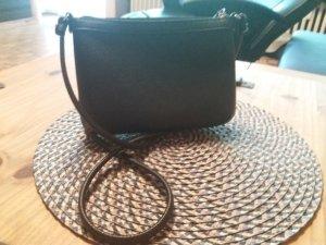 Calvin Klein Handtasche in schwarz. NEU