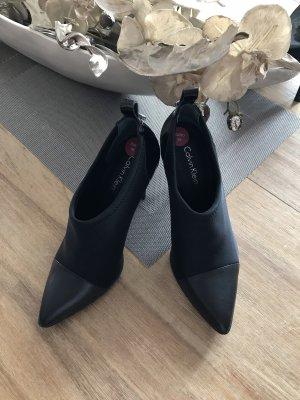 Calvin Klein High-Front Pumps black