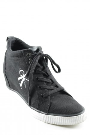 Calvin Klein Jeans Absatz Sneaker schwarz-weiß Schriftzug gedruckt