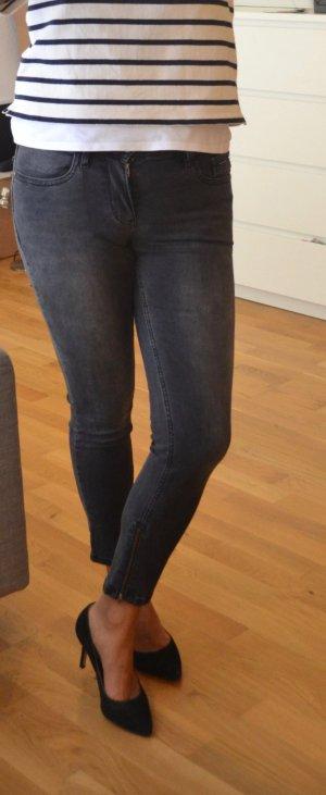 Calvin Klein Jeans in grau Gr. 27 mid rise skinny jeans crop