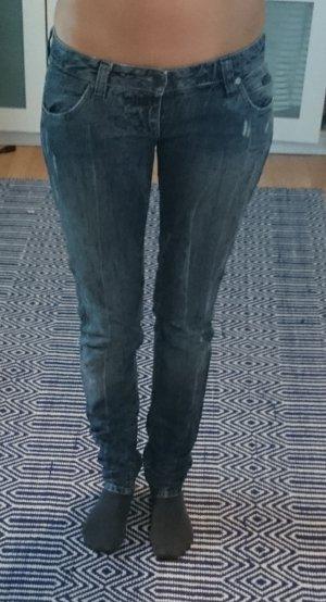 Calvin Klein Jeans Röhrenjeans Skinny blau hellblau Gr. 26