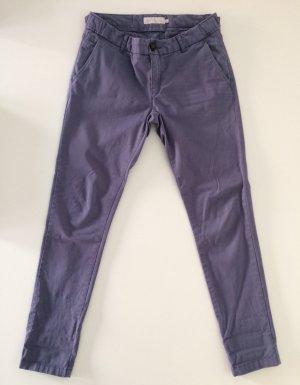 Calvin Klein Kargo Hose in grauviolett, Größe 26 (34) in sehr gut Zustand.