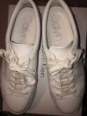 Calvin Klein Lace-Up Sneaker white