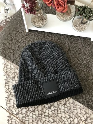 Calvin Klein Chapeau en tricot noir-gris