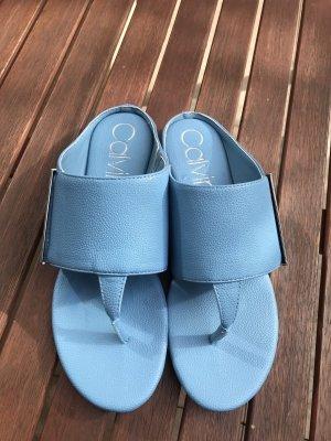 Calvin Klein Entre-doigt bleu azur