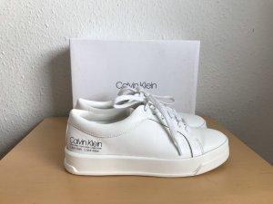 Calvin Klein Zapatilla brogue blanco puro-blanco