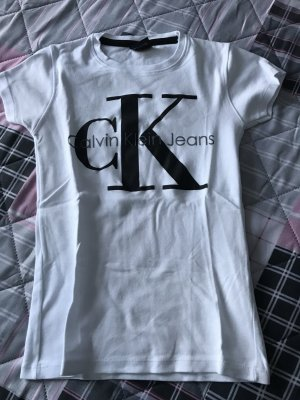 Calvin Klein t Shirt