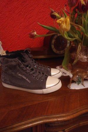 Calvin Klein Lace-Up Sneaker grey