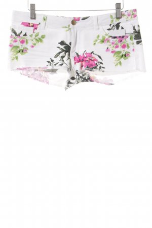 Calzedonia Shorts Blumenmuster Street-Fashion-Look