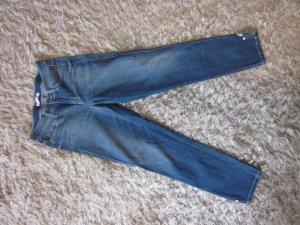 Cambio Piper Strech Jeans Gr 36 hellblau mit Steinchen