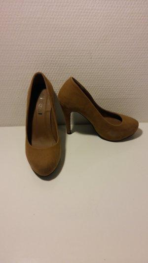 camelfarbene High Heels