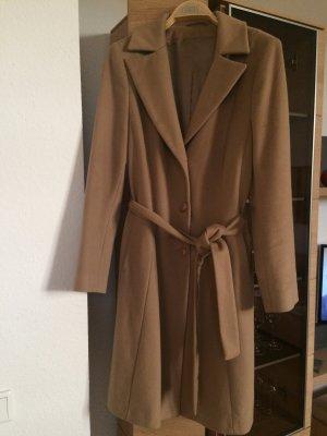 Camelfarbener Mantel von Loro Piana