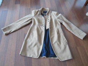 camelfarbener Mantel von Zara
