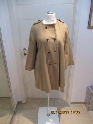 Camelfarbener Wollmantel in lockerem Schnitt von Zara Woman in Groesse L
